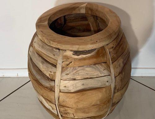 Vase aus Teakholz