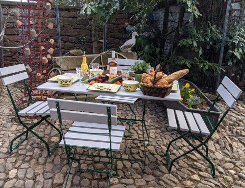 Gartentisch mit 4 Stühle