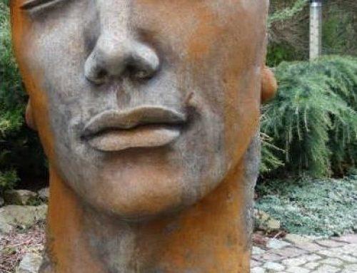 Gesicht Mann Marc inkl. Platte aus Steinguss mit Rosteffekt